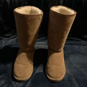 Hickory bearpaw boots